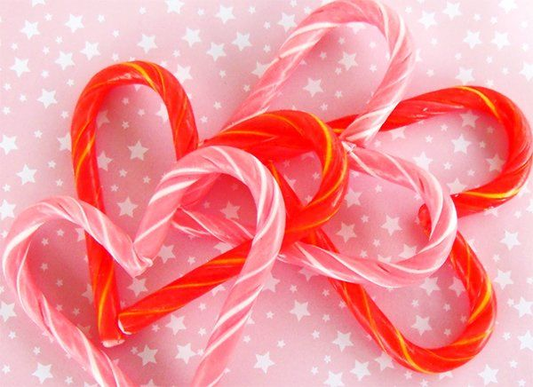 Candy Cane Hearts -heat candy canes for 6-7 minutes and shape into hearts.