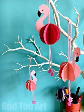 Easy Paper Flamingo Decor DIY - Summer Room Decor. Such cute little paper decorations for a summer party. Love all Flamingo DIYs.