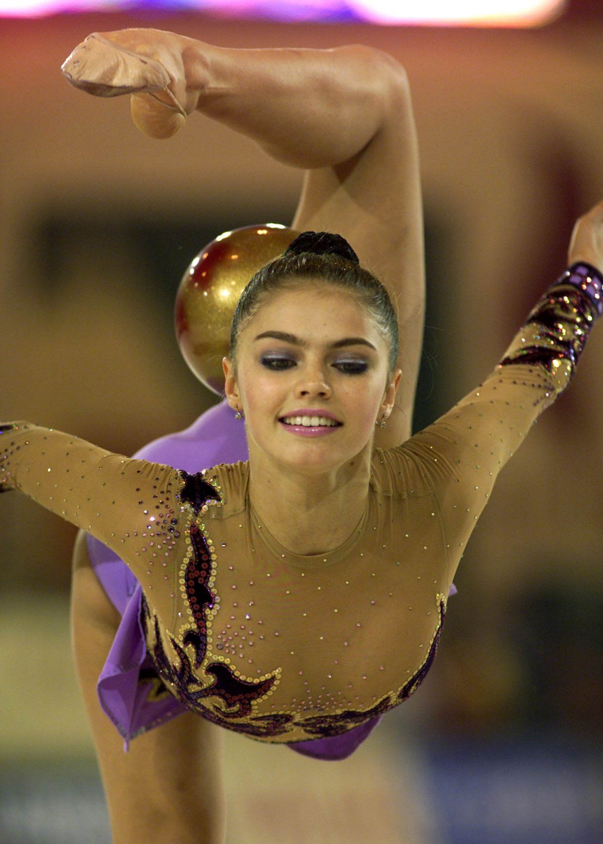 alina kabaeva They were also joined by a lesser athletic figure, alina kabaeva, a one-time gold  medalist and a bronze medal winner her presence was more.