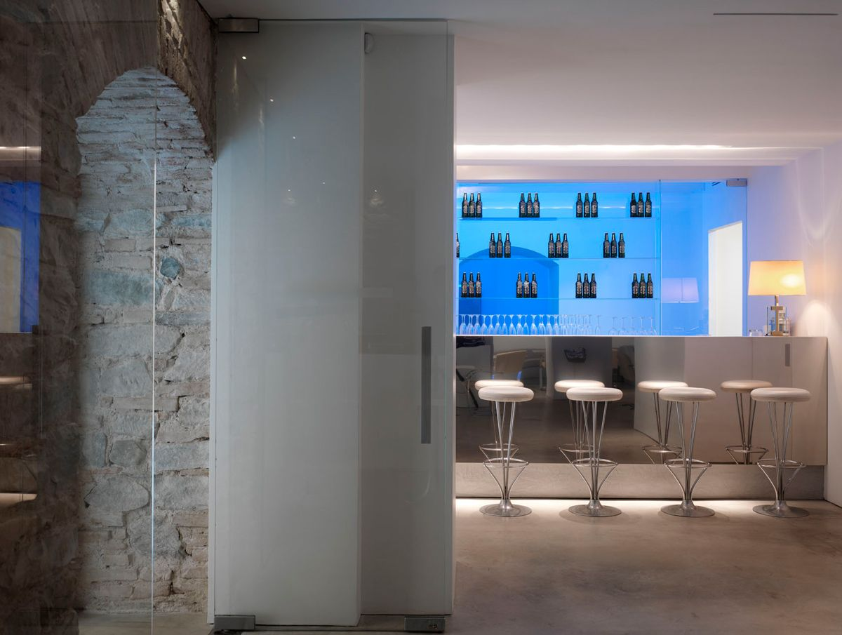 bar of luisa via roma boutique designedclaudio nardi architects