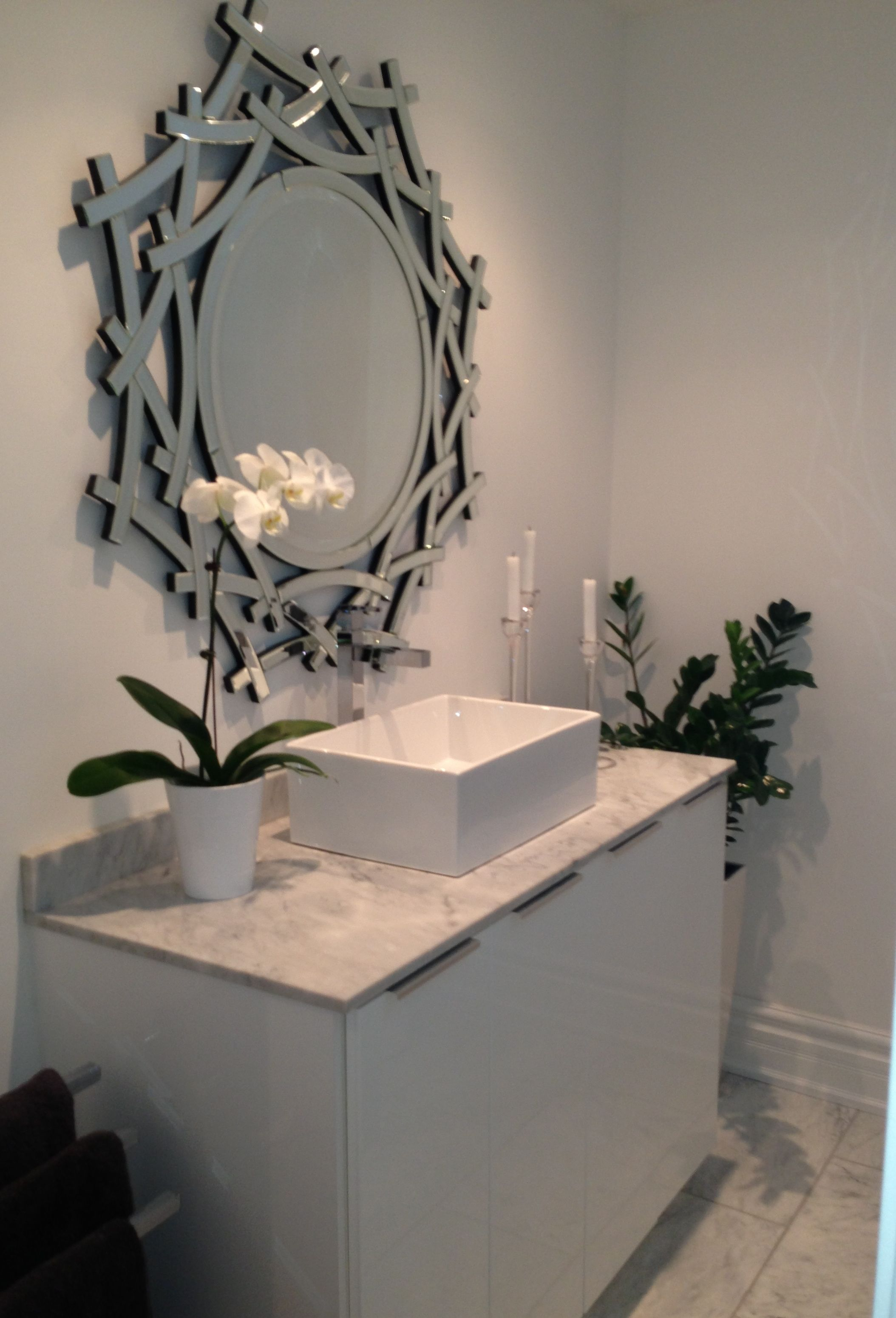 High gloss white bathroom vanity with vessel sink that I ...