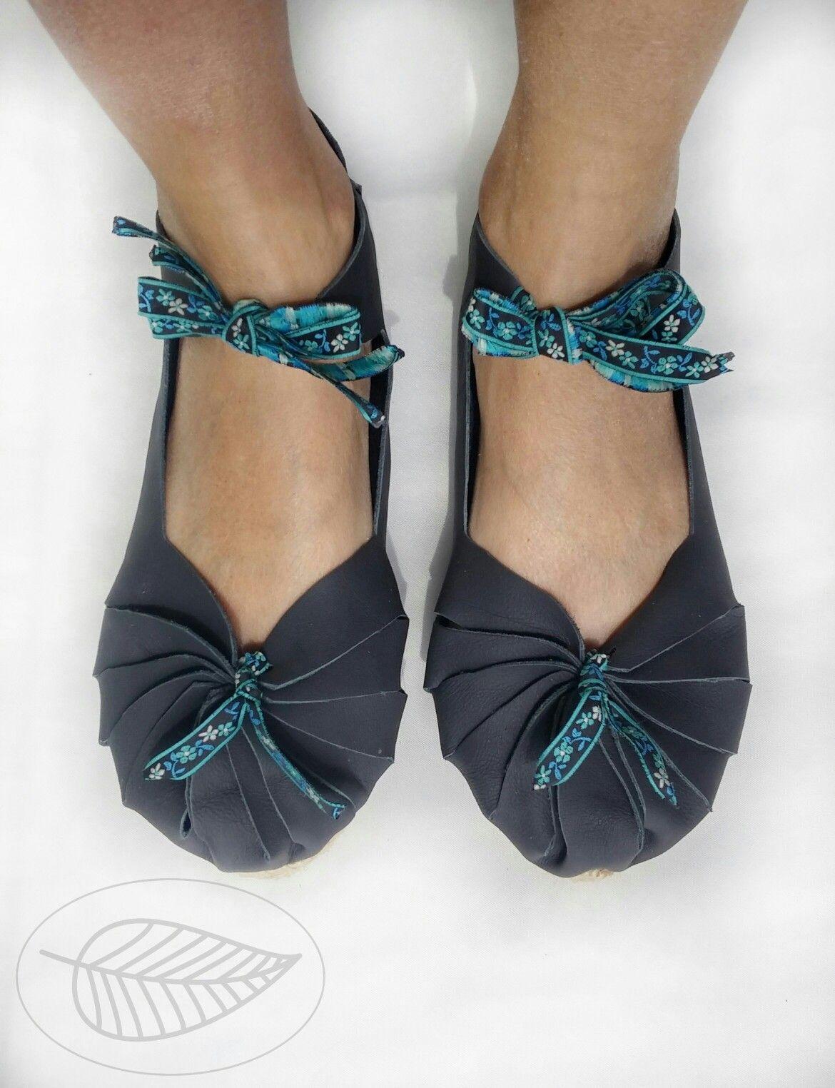 f47b3c50 Celtic shoes with juta soles   Espadrille Monika Benetek Design ...