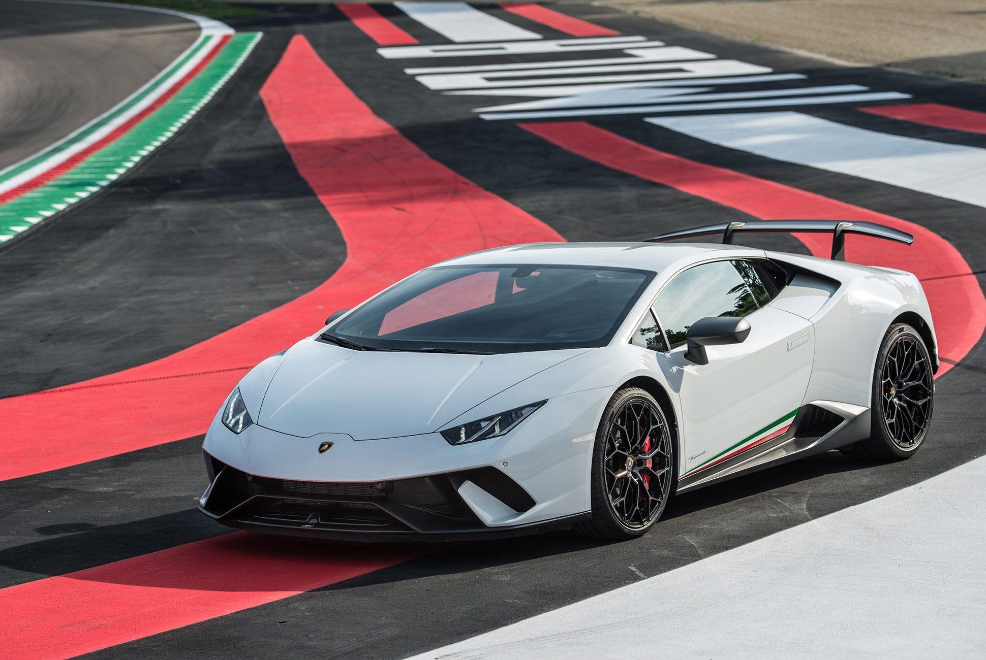 The Best Car Of 2018 According To Jeremy Clarkson Lamborghini Huracan Super Luxury Cars Lamborghini Cars