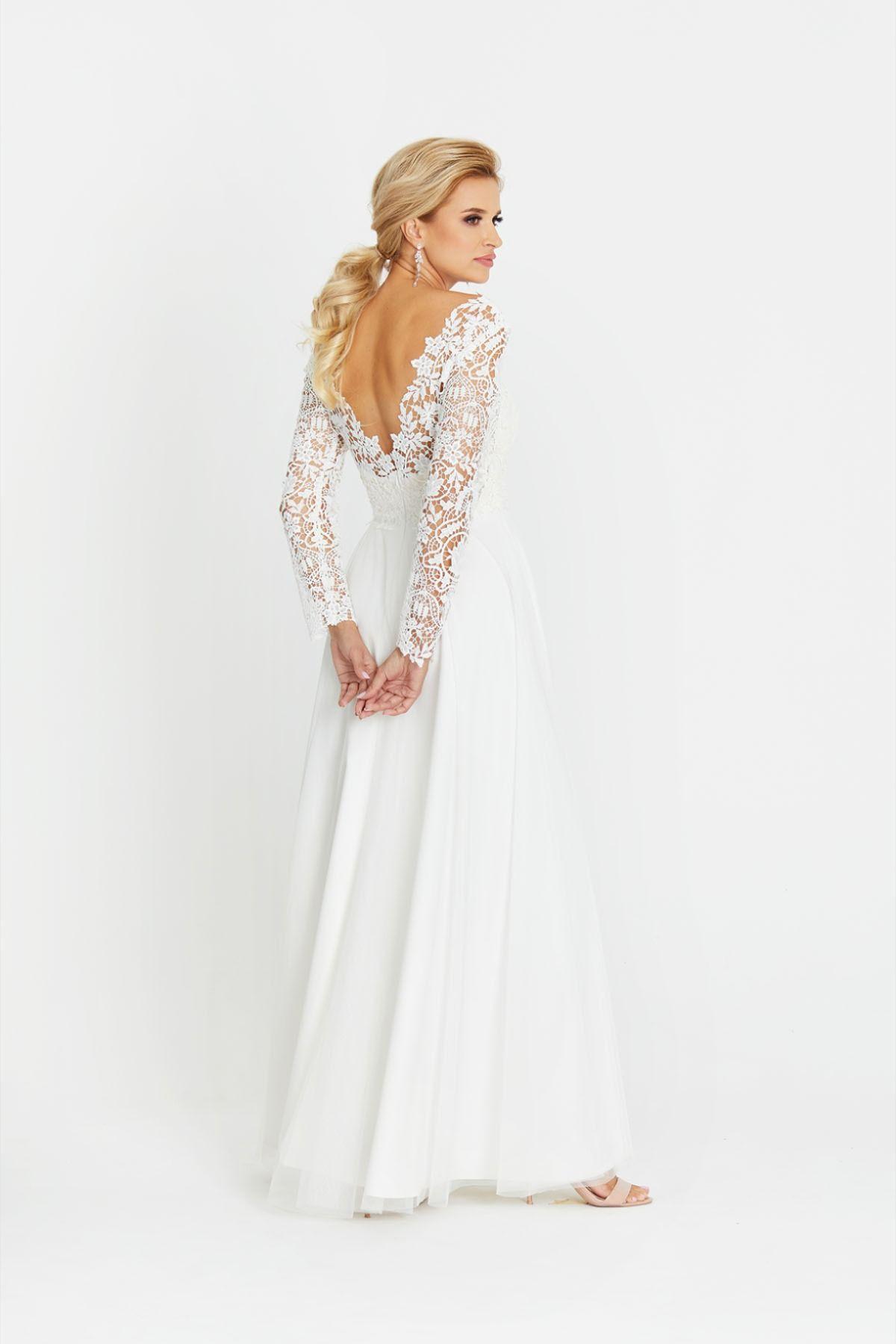 Suknia Slubna Boho Z Dlugim Rekawem Z Koronki Astrid I Pracownia Sukien Dama Couture Z Warszawy 2020 Wedding Dresses Dresses Fashion