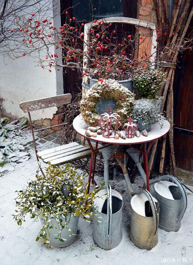 Weihnachtsdekoration, Außendekoration im winter, Winterzeit,Winterzauber, Winterdekoration, #innenhofgestaltung
