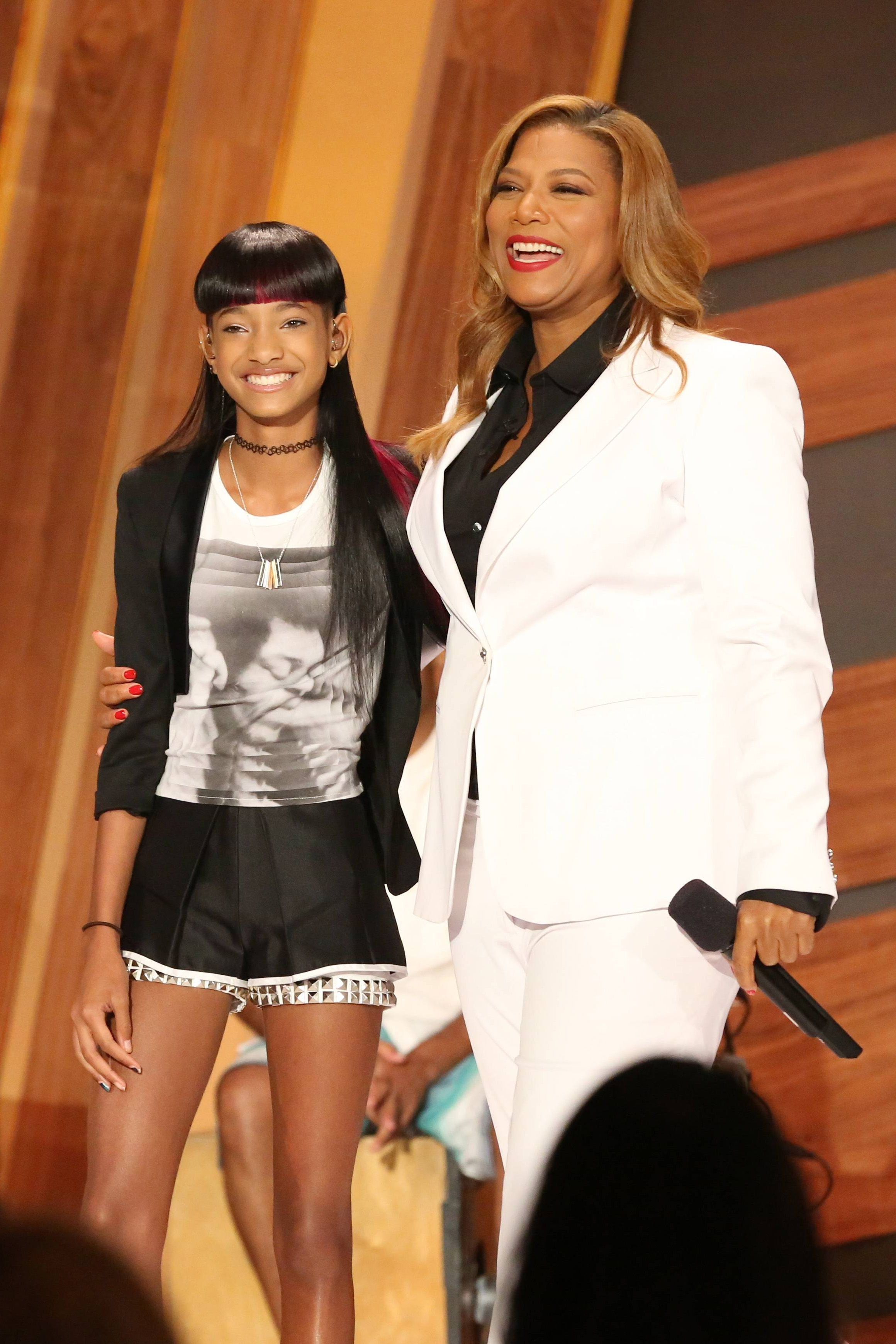 #WillowSmith Performs on the premiere of #QLShow.