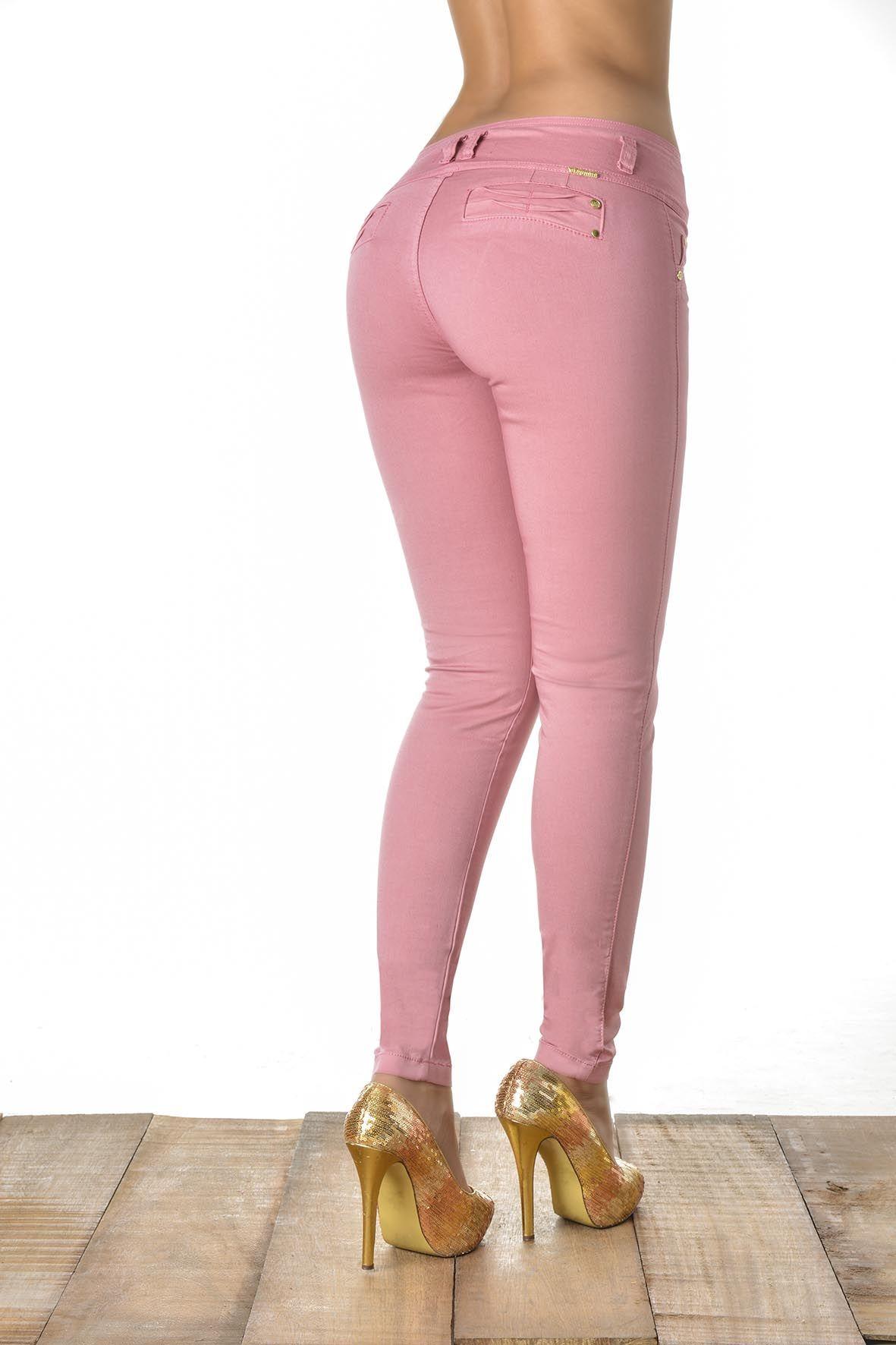 Pantalón de dril color rosa - Sexy, yet Casual #Fashion #sexy #woman ...