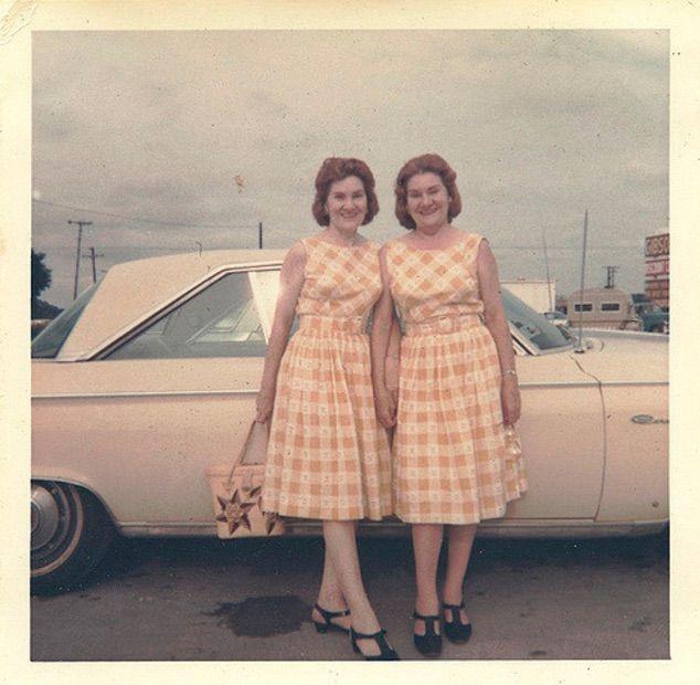 found photos vintage sisters