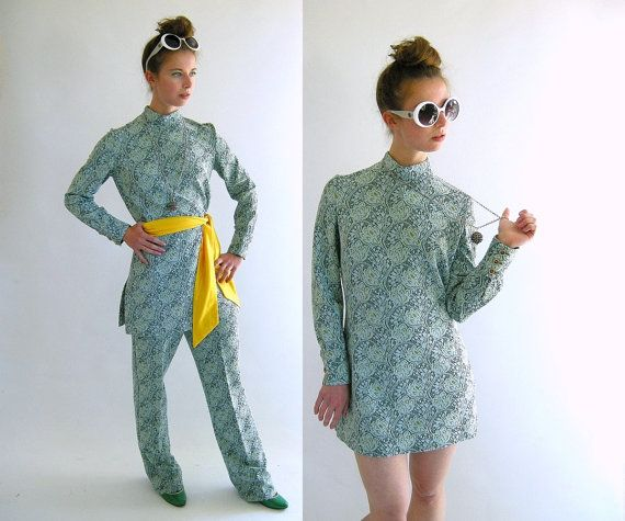 GROOVY 60s Pantsuit Tunic Top and Cigarette Pants M by empressjade