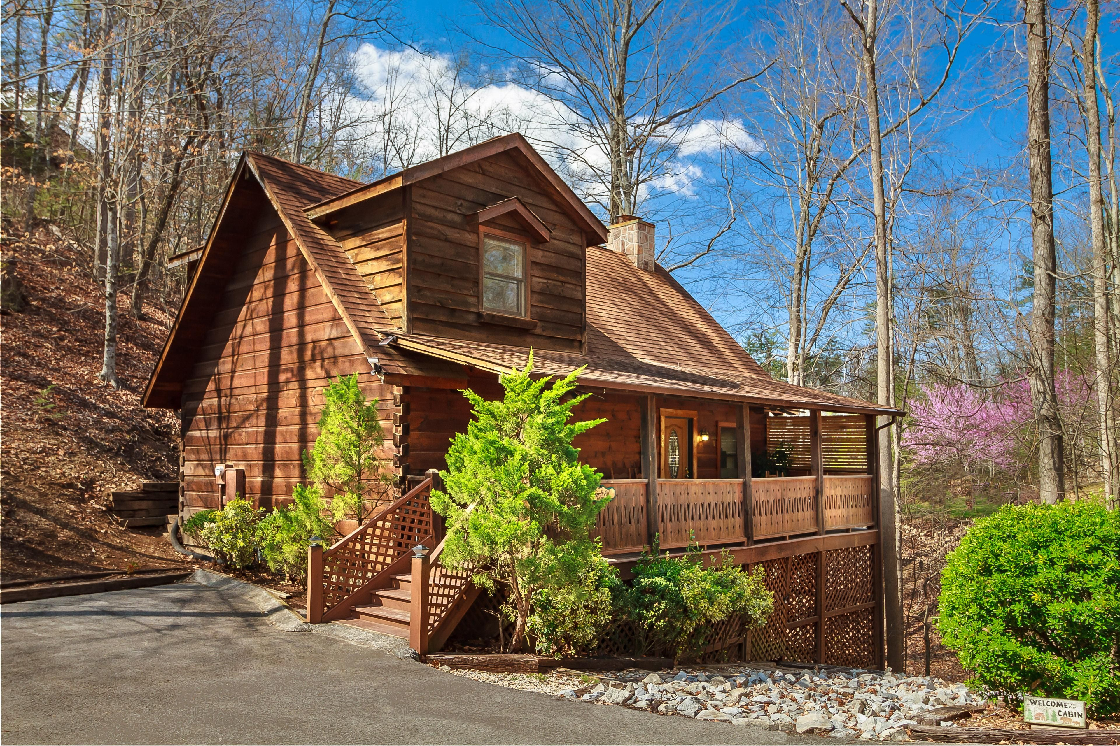 interior pigeon condo forge info cabins cabin condos rentals bedroom pool luxury rental onlinechange indoor
