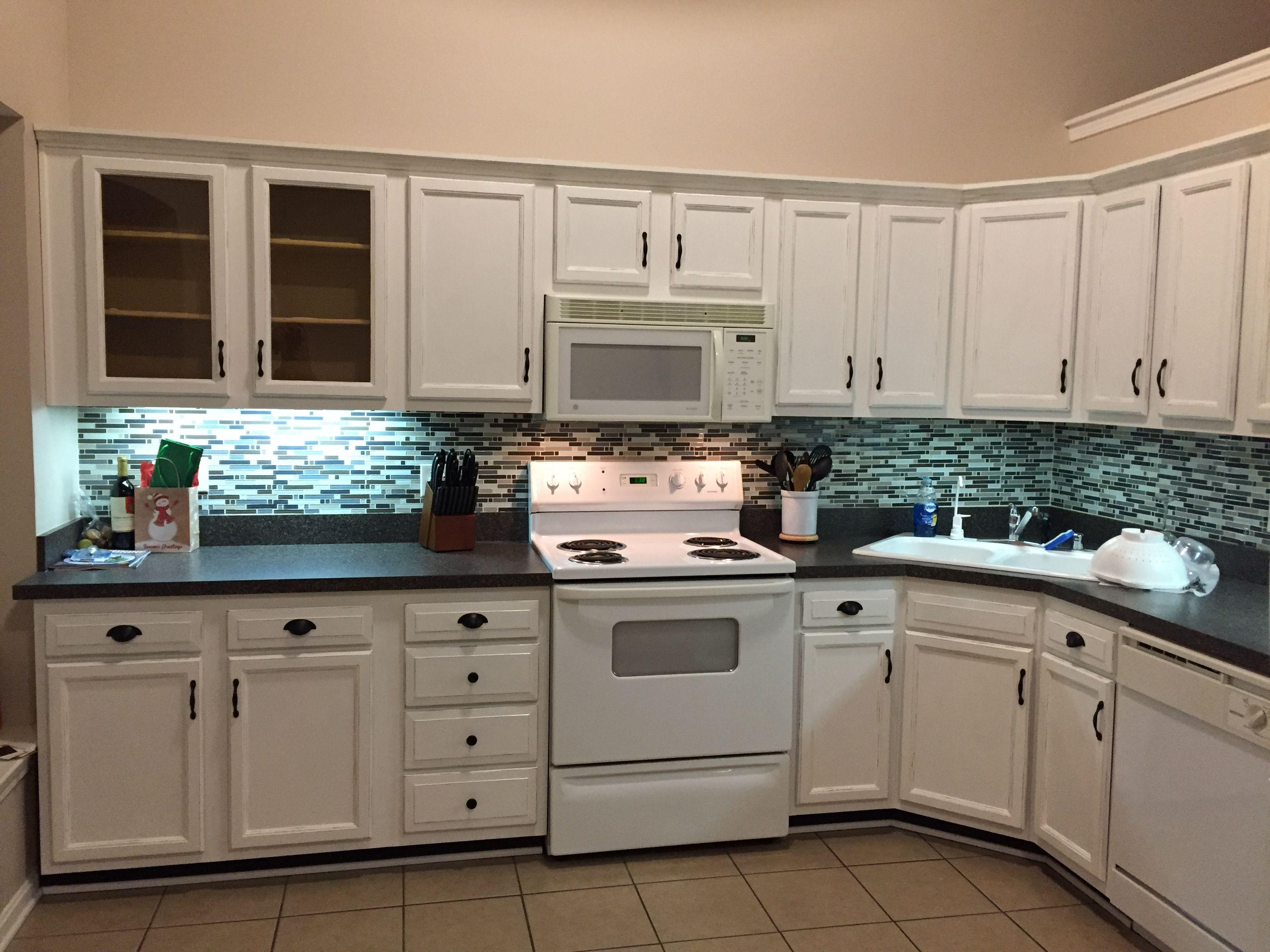 After Rust Oleum Cabinet Restoration Kit It S Amazing Kitchen Concepts Kitchen Cabinets Home