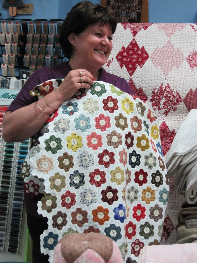 Sue Daley and little hexagons | Quilt Ideas | Pinterest | English ... : sue daley quilt patterns - Adamdwight.com