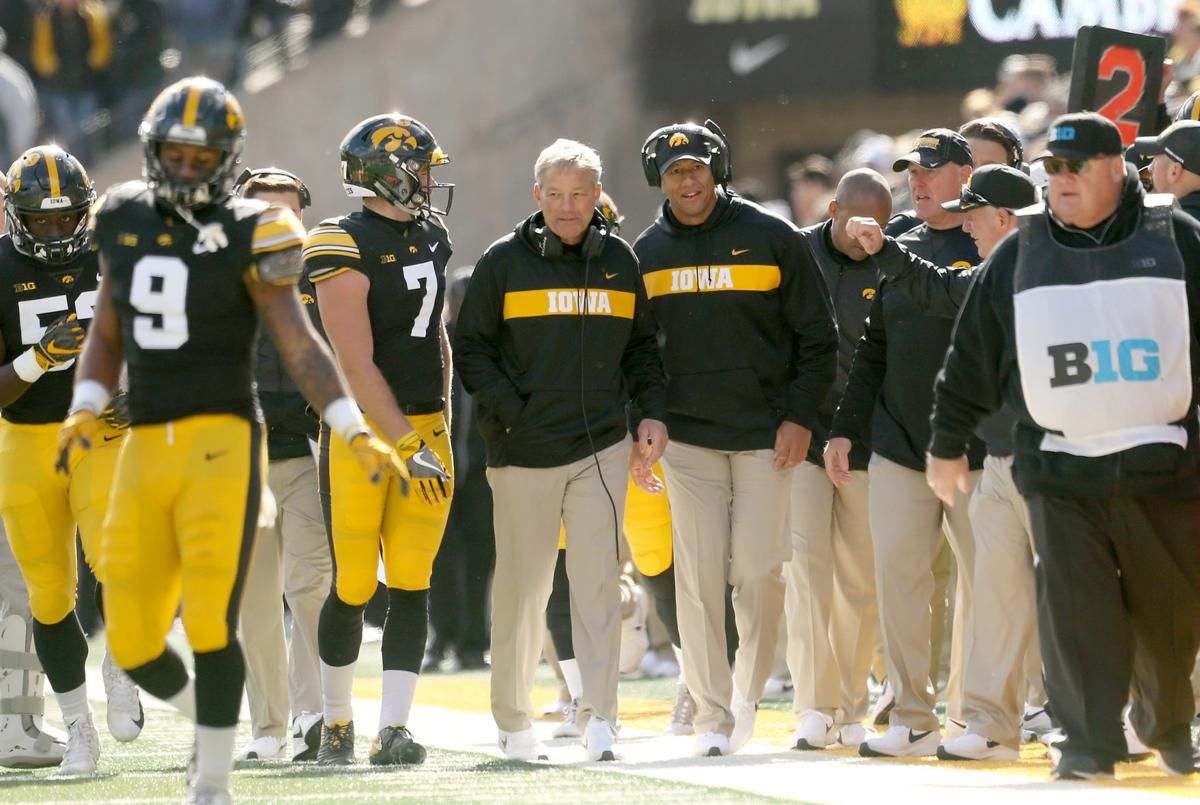 Hawkeyes Address Needs Still Search For Recruits Best Football Team Defensive Back West Liberty