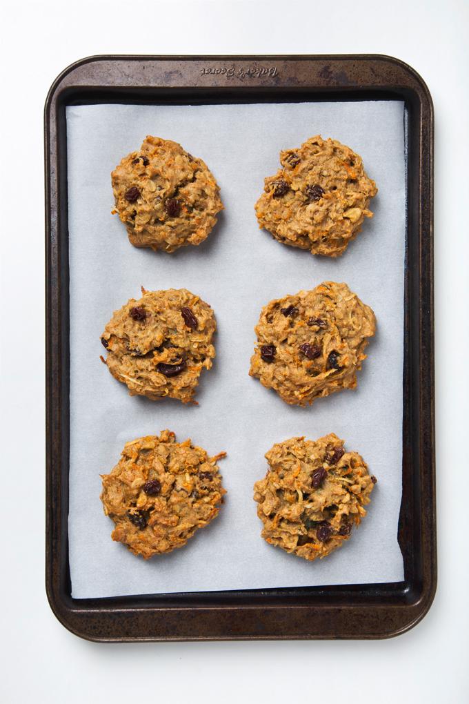 Gluten Free Vegan Carrot Cake Breakfast Cookies In 2020 Breakfast Cookies Vegan Carrot Cakes Honey Recipes