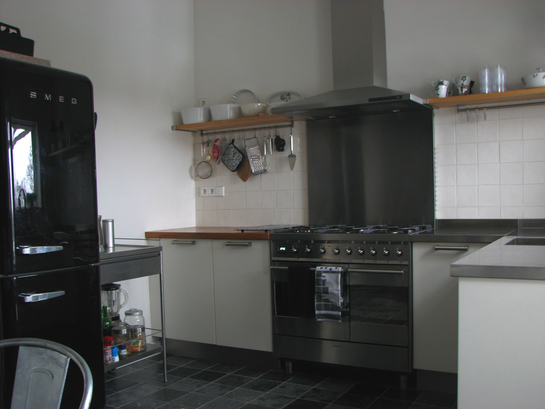 Keuken Industriele Smeg : Keuken met de hoogglans smeg koelkast en oven our home ons