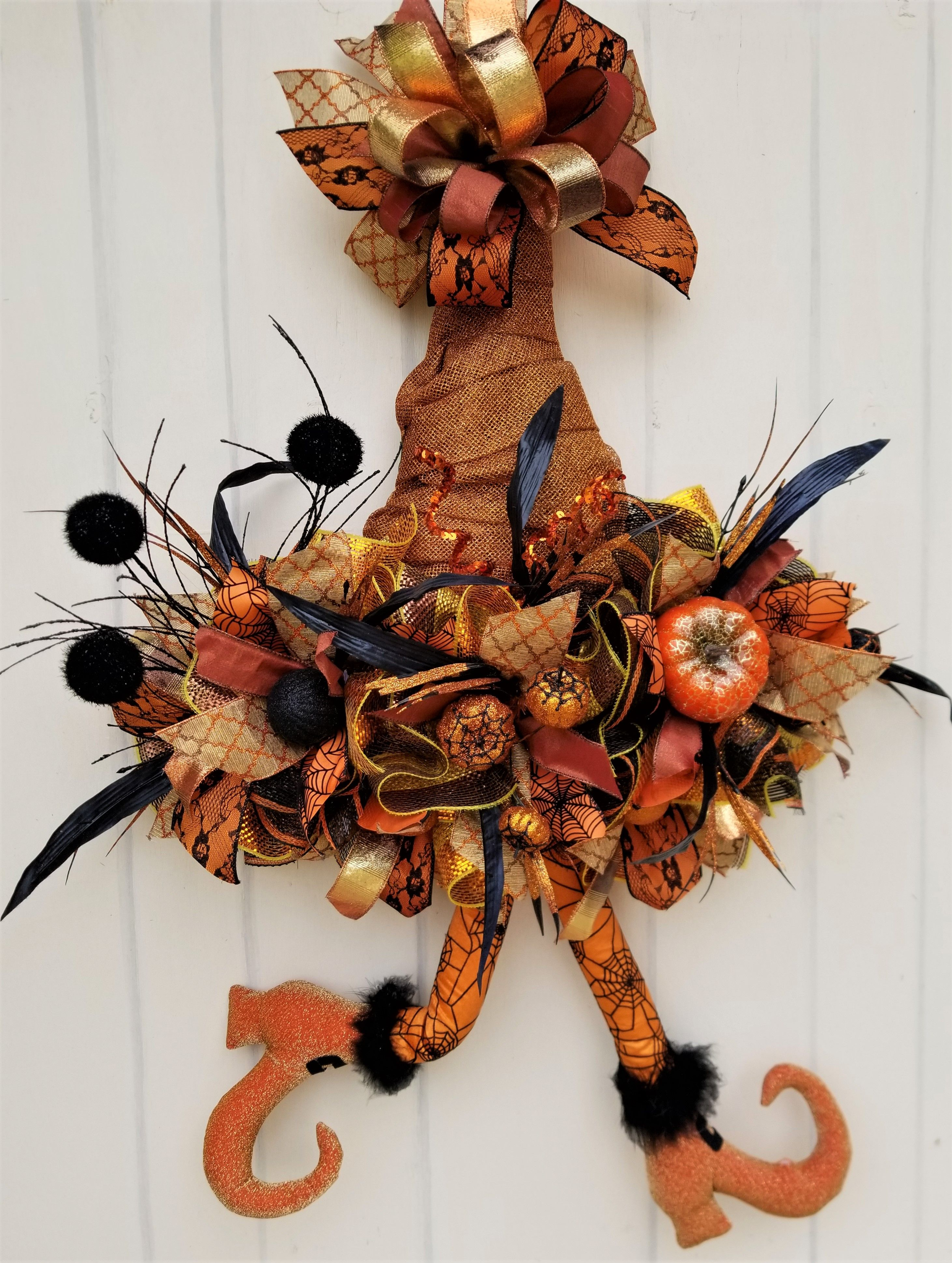 Picture Frames Whimsical Halloween Wreaths 7