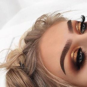 Photo of 44 awesome golden smokey eye makeup with a bang of gold. #Women # #importantgolded … – For the wedding