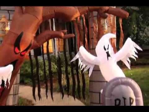 Graveyard Inflatable Archway Halloween Decoration QUEEN OF - halloween inflatable decorations