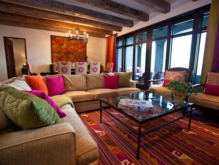 This traditional Mexican Interior Design Ideas has splendid style ...