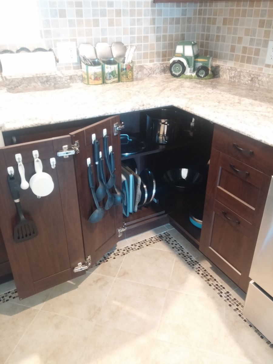 Maximising The Kitchen Corner Cabinet Kitchen Corner Cupboard Corner Kitchen Cabinet Apartment Kitchen Organization
