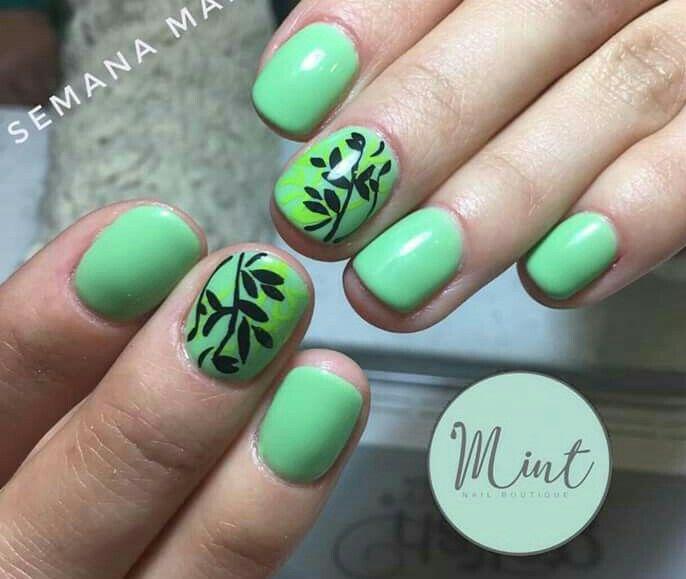 Verde hojas tropical   uñas   Pinterest
