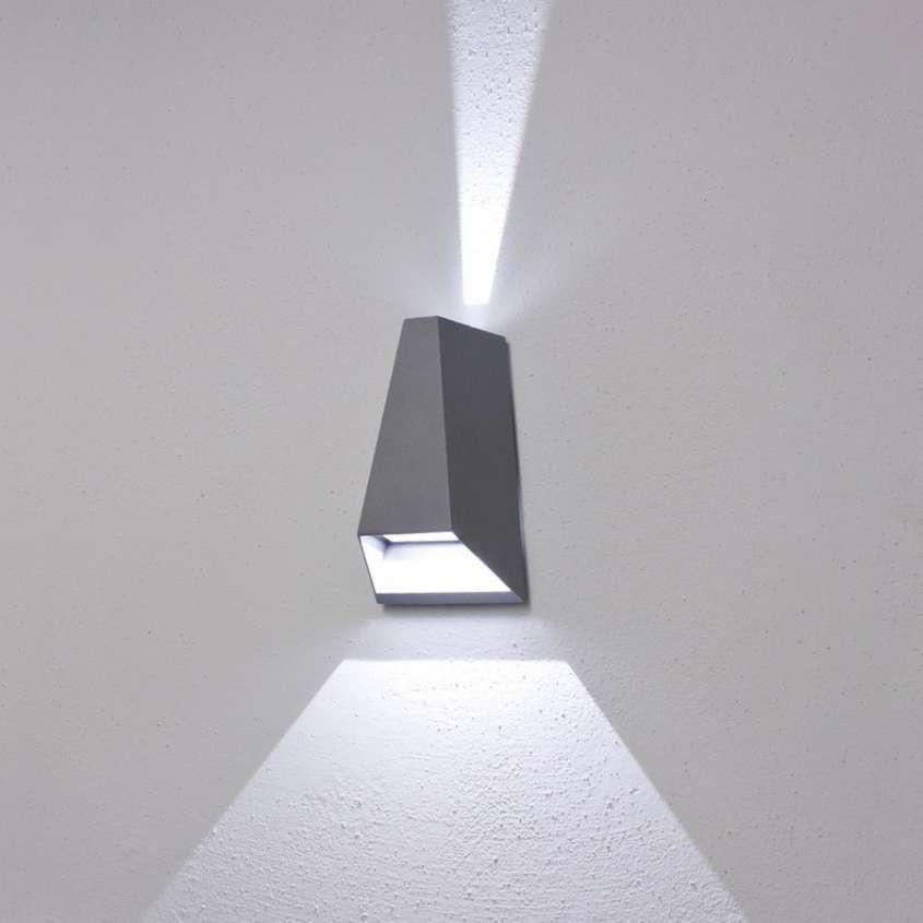 Illuminazione Per Esterni A Parete.Illuminazione A Led Per Esterni Grandi Effetti A Basso