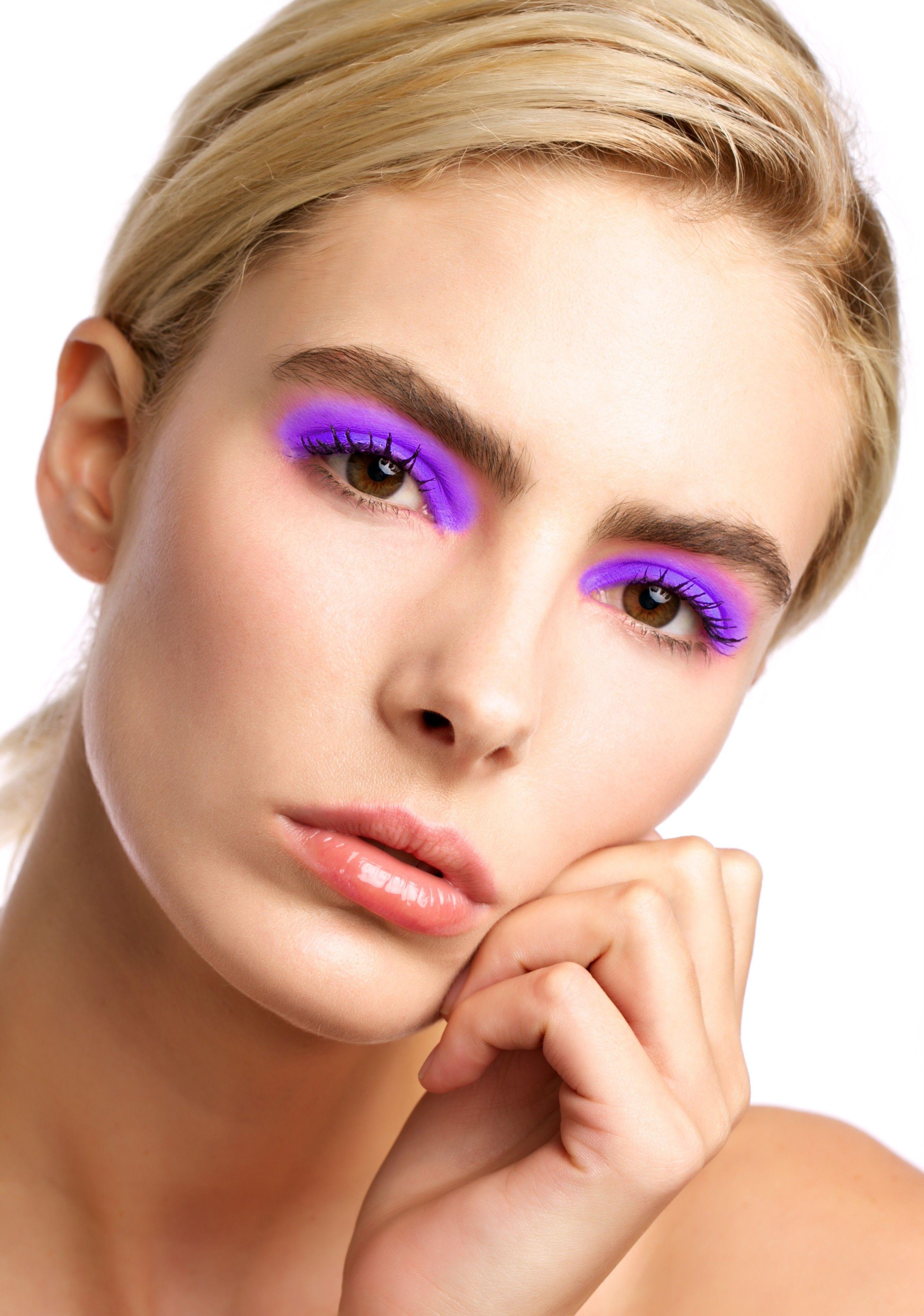 Stargazer Radiate UV Neon Loose Eyeshadow Makeup