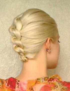 A lot harder than I thought with layered hair, but super pretty and perfect for summer    How to Style a Knotted Chignon