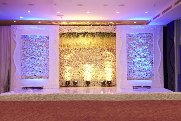 Wedding stage padma hotel bandung wedding thing inspiration wedding stage padma hotel bandung junglespirit Images