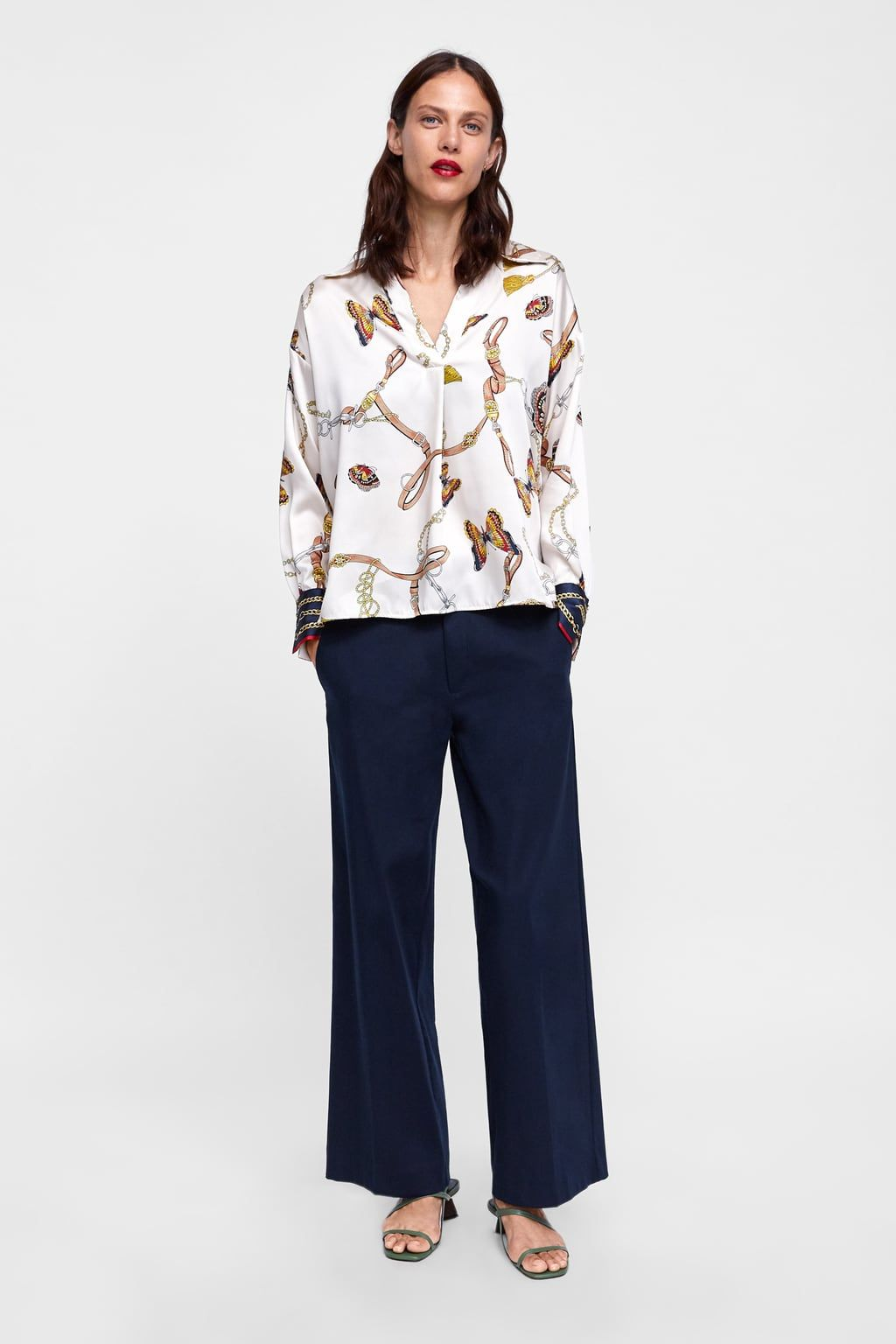 c7c57976d32 Image 1 of CHAIN PRINT BLOUSE from Zara