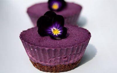 Blueberry Kardamom Lime Cheesecake (Raw Vegan)