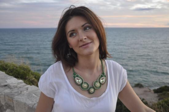 collar verde/ perlas / swarovski / oro / abalorios / soutache