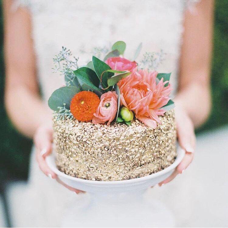 "#detaileddonnerstag | ""Withered Rose"" details for the Day of Established Activism wedding and wedding llamas because why not? 😉 | credit: 1 - 📷@kimsmithmillerphotography #rojoandnapoleon #weddingdayllama 2 - 📷@rebeccaarthurs 3 - @casadeperrin 4 - @anthropologie #borageandpansygincocktail"