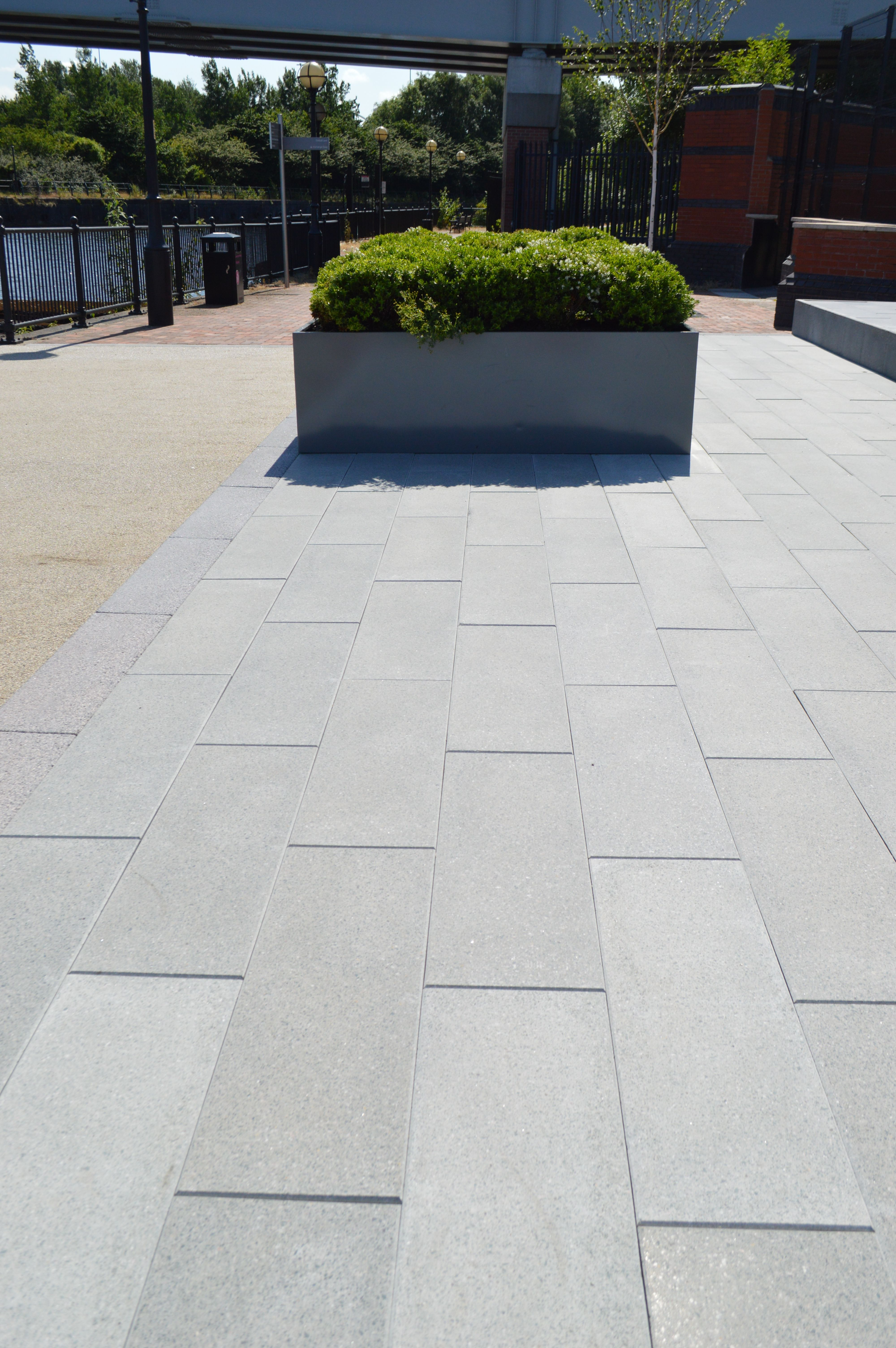 Marshalls Celestia Smooth Ground Flag Paving is a linear paving range that  incorporates modern granite aggregates that have a clean crisp colour
