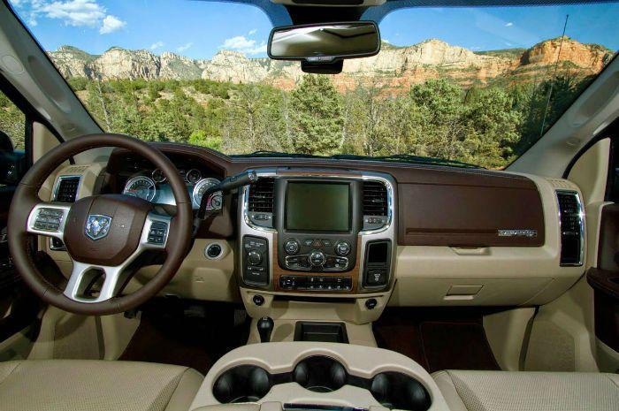 2016 Dodge Ram 2500 Interior