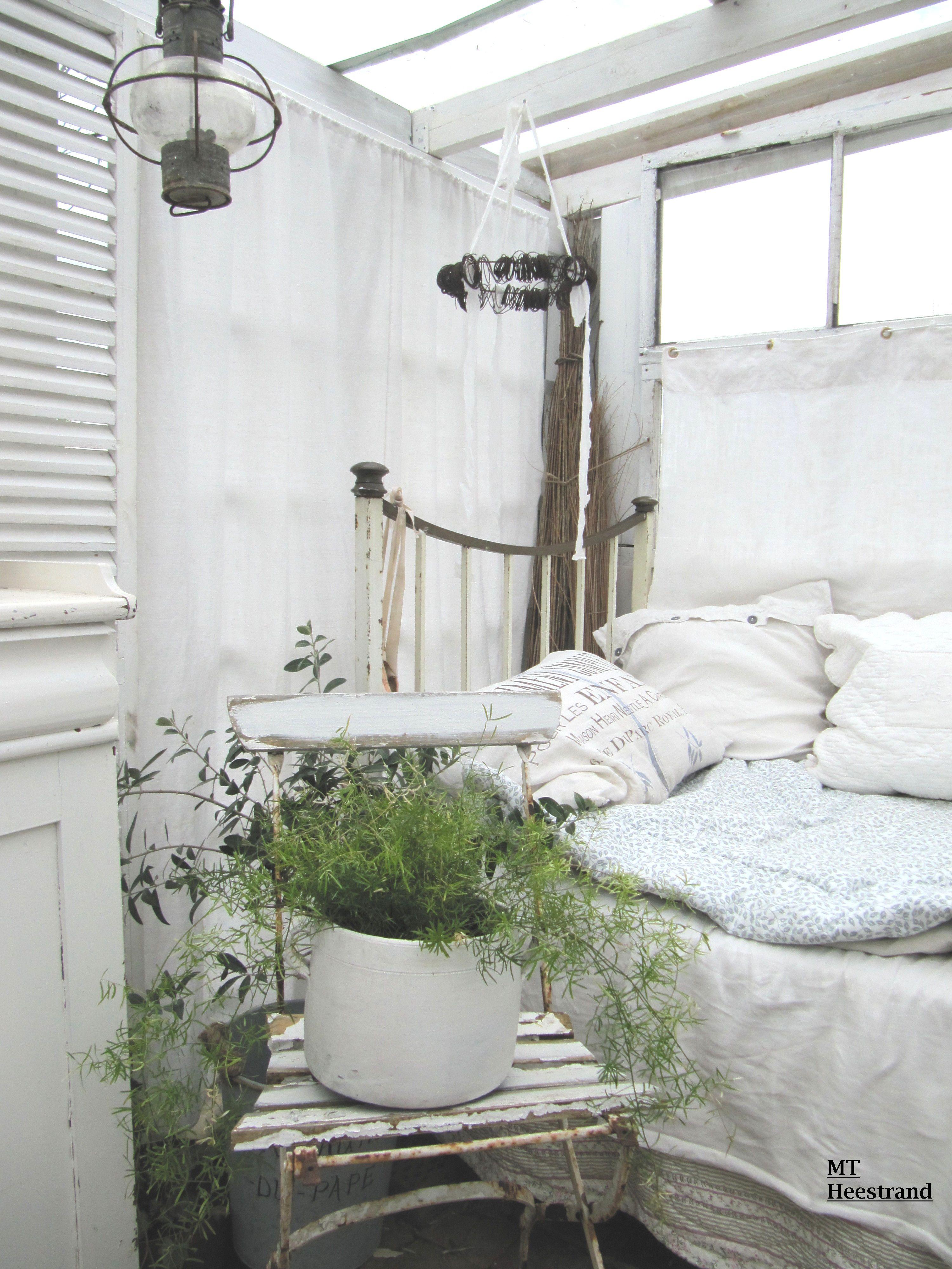 Pin von lilly fee auf home is haus gem tlich und einrichtung - Gartenhaus shabby chic ...