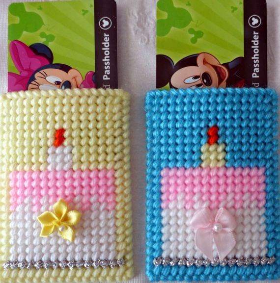 plastic canvas birthday gift card or jewelry holders with