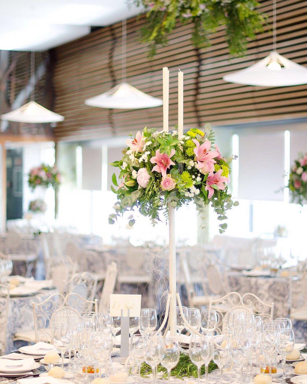 Si te casas y quieres convertir tu boda en una #bodaLOVE...¡te estamos esperando con los bracitos abiertos!  Escríbenos: hola@lovebodasyeventos.com  LOVE  #love #amor #flores #flowers #happy #feliz #decoraciondebodas #boda #bodasunicas #bodasbonitas #centrodemesa #centerpiece #destinationwedding #wedding #weddingplanner #weddingplannerCádiz #Cádiz #Sevilla #Madrid #gay #gayfriendly #deco #handmade #hechoamano #chocolate #relax #inspiration #invitacion #candybar #sol #sun #selfie #beach…