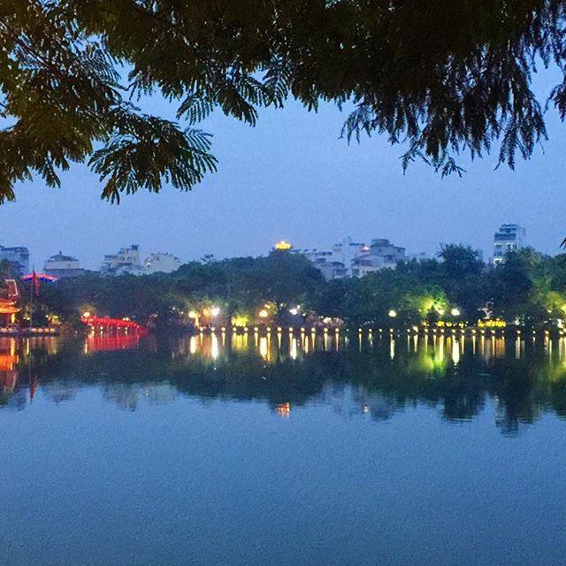 Reflect. 🔺🔻 #tbt #ddRoams #didianddhai #hanoi #vietnam
