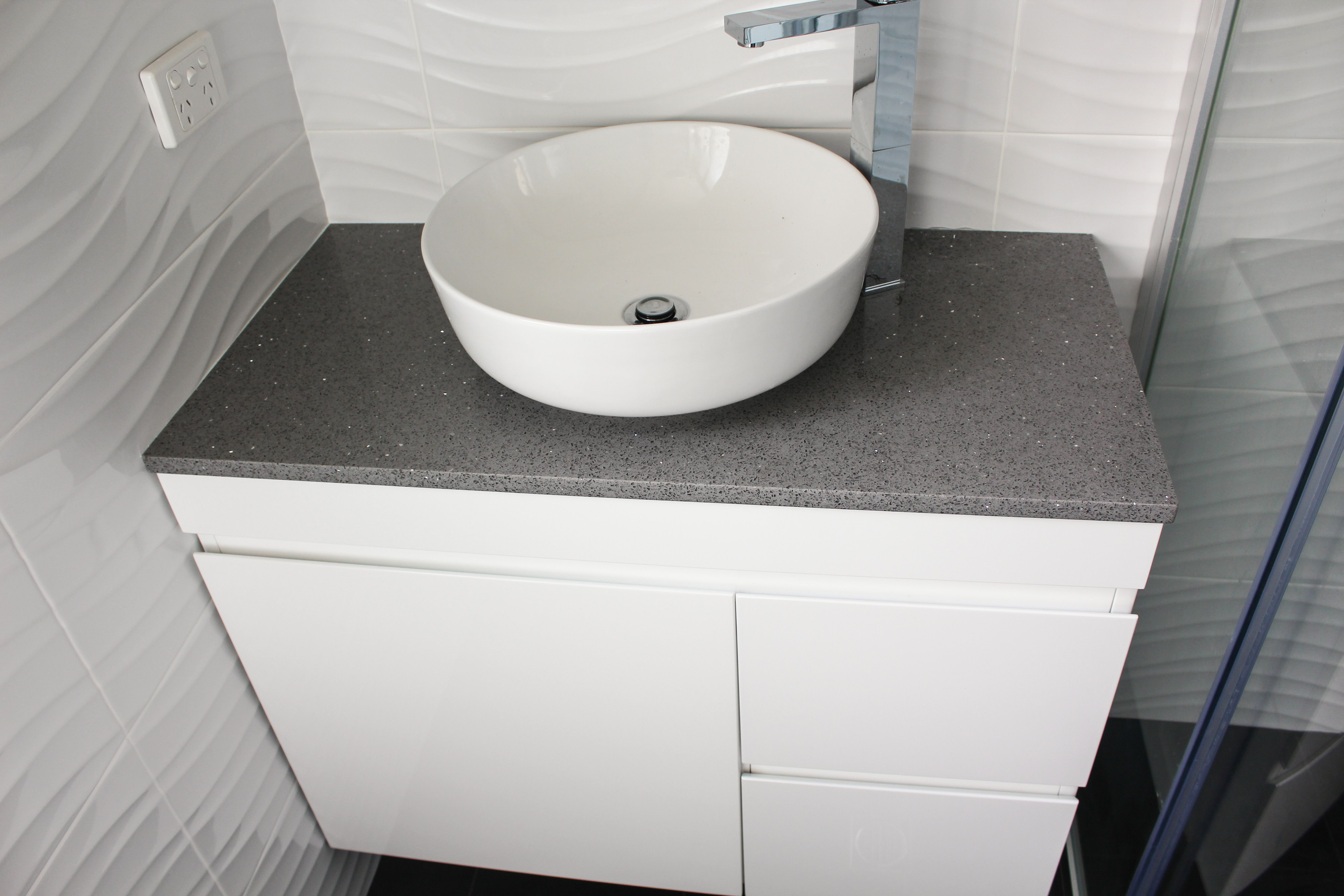900mm Ambrose Base With Grey Sparkle Engineered Stone Top Bathroom