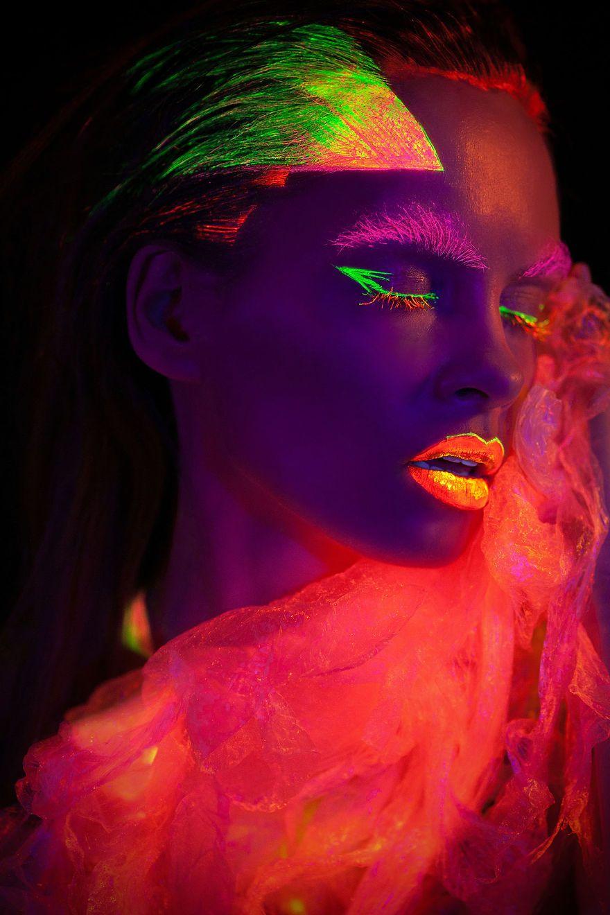 Breathtaking-neon-portraits-shot-under-uv-light