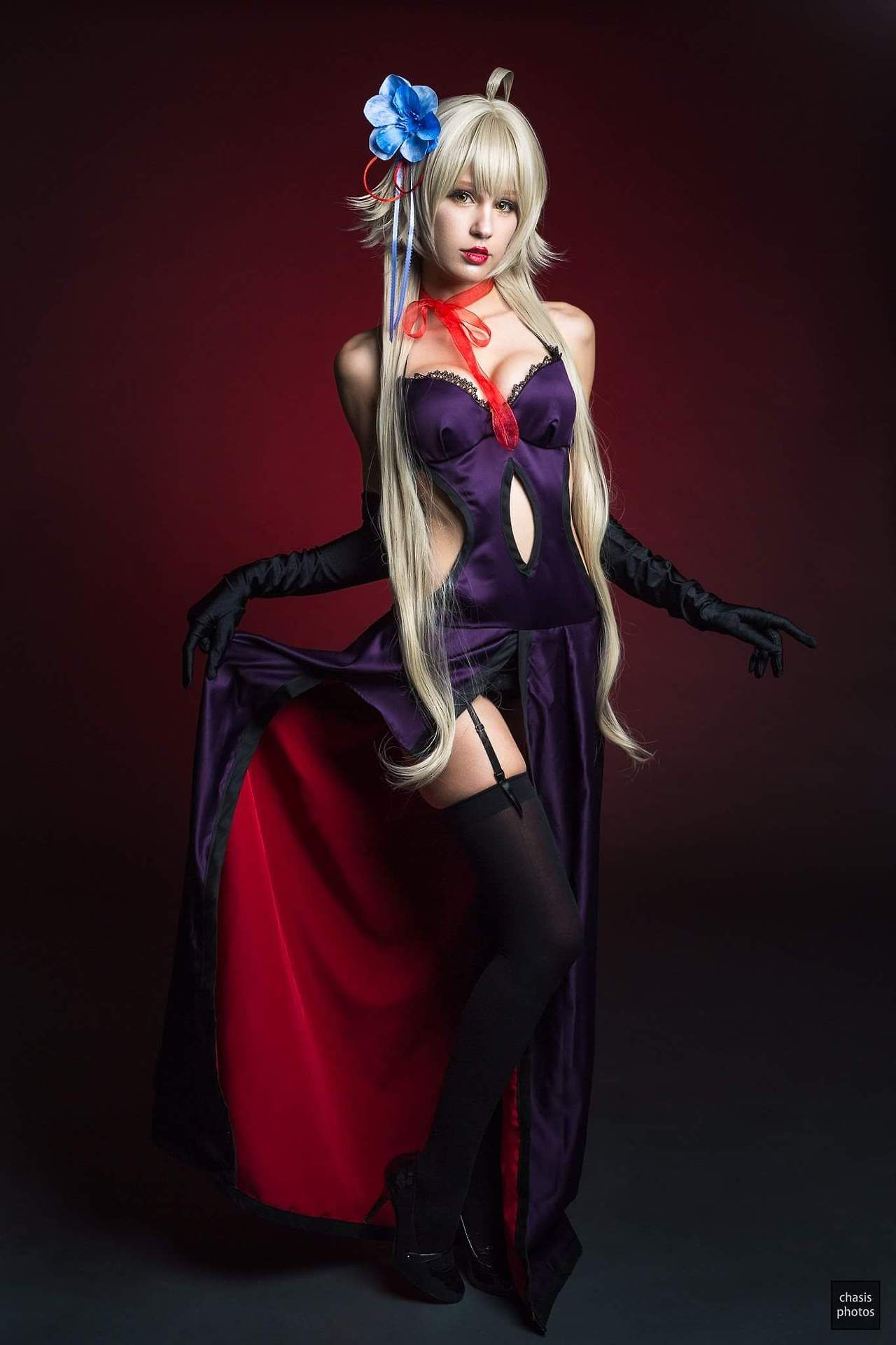 cosplayer: jean wanwan. country: united states. cosplay: jeanne