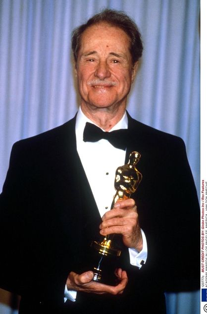 Don Ameche won the Academy Award for Cocoon in 1986 ...