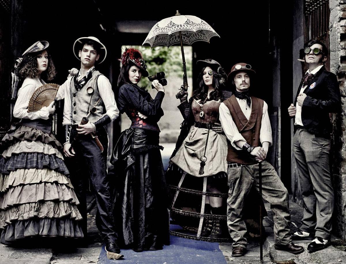 Steampunk Tendencies | Photo by Pablo Zamora #Fashion #Steampunk