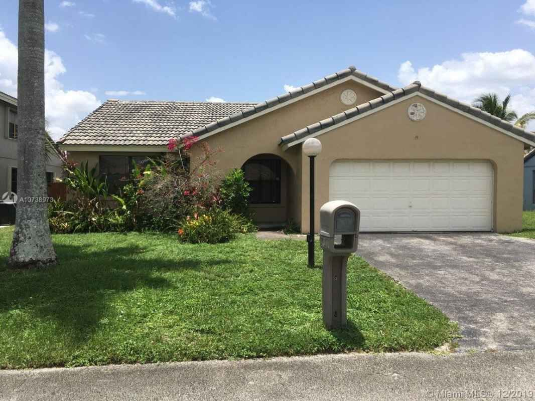 Pin By Michael Peron On Broward County Florida Property For Sale In 2020 Pool Construction Broward County Florida Property For Sale