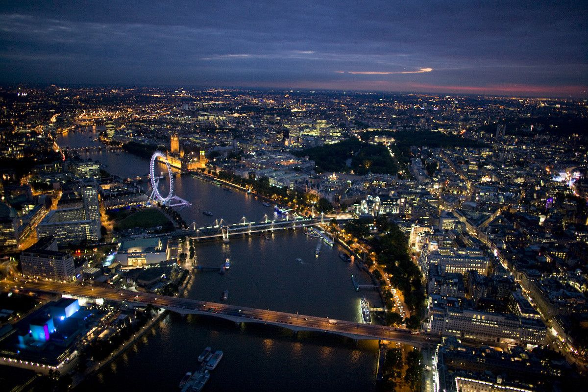 Travel The World Beautiful Places To Visit Amazing Travel Destinations London Night