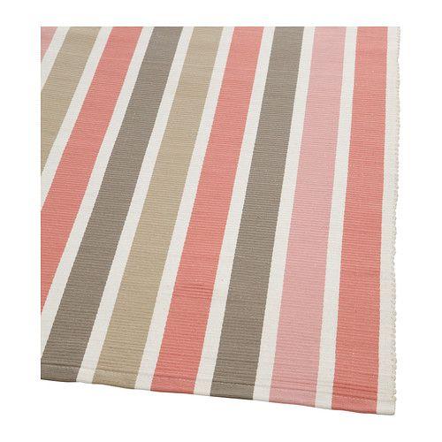 EMMIE Tapis tissé à plat IKEA Ce tapis est tissé main par des artisans qualifiés et ajoute une touche très personnelle à votre pièce.