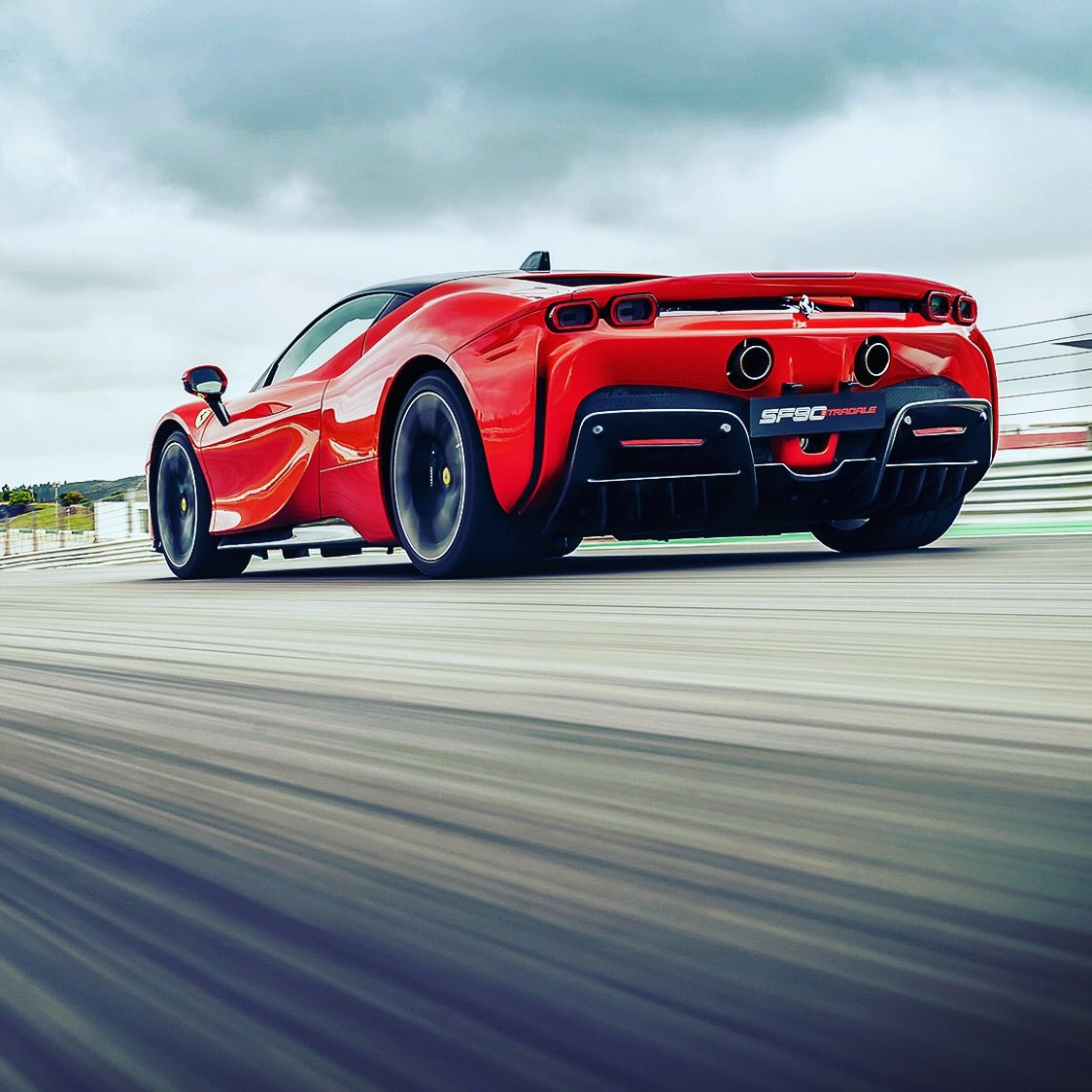 Welcome To The Official Account Of Luxury World Cars An Online Magazine Aimed For The True Lovers Of Luxury Exclusive Im In 2020 Best Luxury Cars Sports Car Ferrari