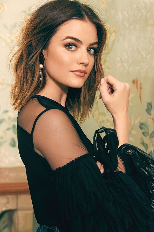 Lucy Hale Shopbop S Holidayhowto Campaign By Zoey Grossman 2016 Haircuts 2017 Lucy Hale Hair Lucy Hale Haircut Lucy Hale