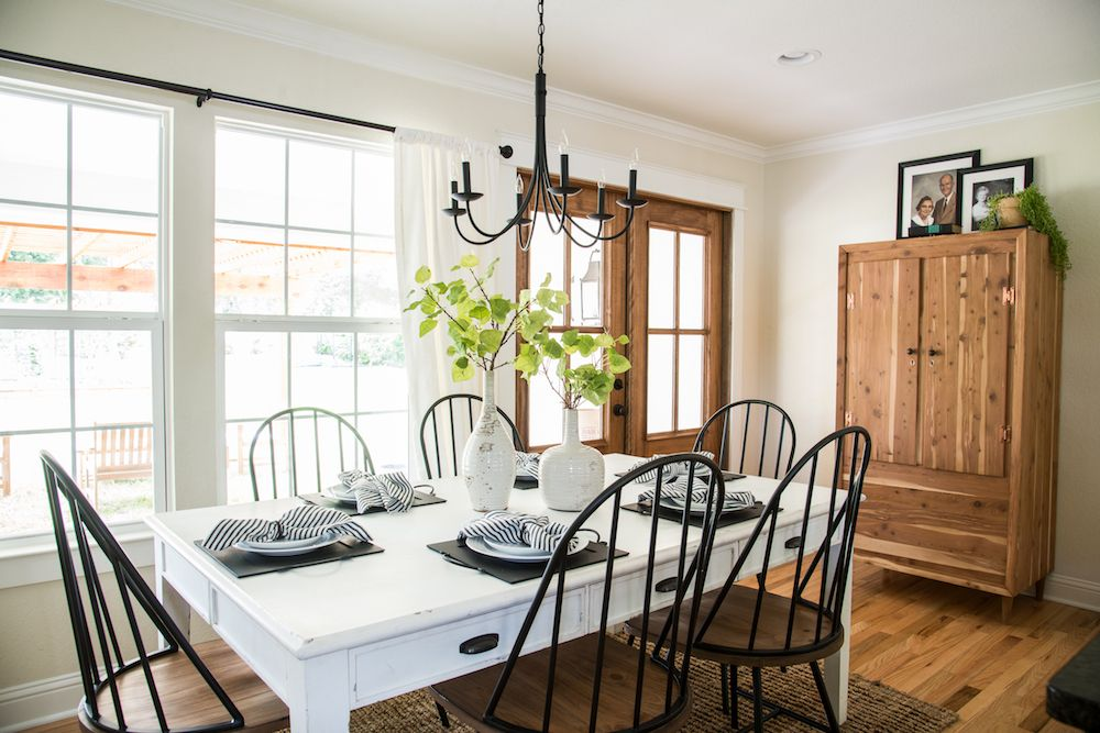 Get This Look Fixer Upper Graham House Kitchen And Dining Room